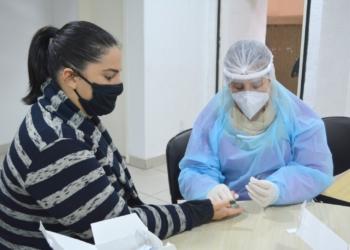 Servidores e parlamentares do Poder Legislativo realizaram os testes para detectar se existem casos de coronavírus no local Foto: Eduarda Rocha/Assessoria de Comunicação