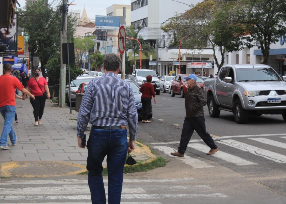 Cada vez mais movimentadas, ruas são termômetro da retomada da economia Foto: Matheus de Oliveira