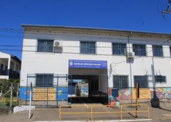 Escola de ensino fundamental tem cerca de 520 alunos.  Foto: Matheus de Oliveira