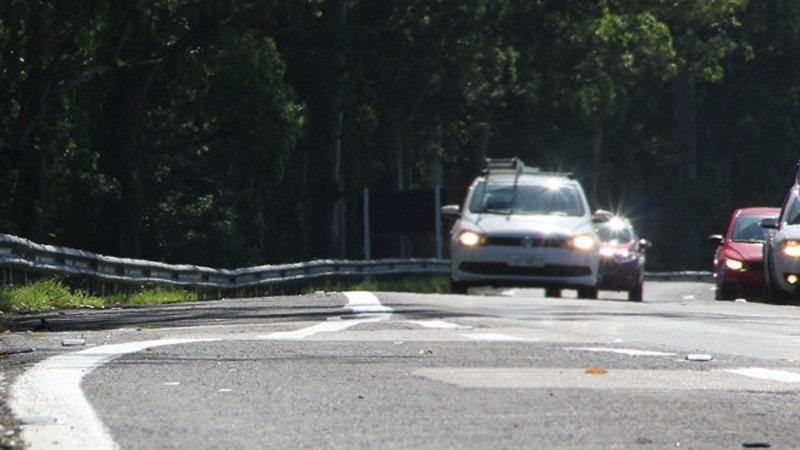 Nova lei também prevê sistema DRL (luzes de rodagem diurna) para novos veículos Foto: DetranRS