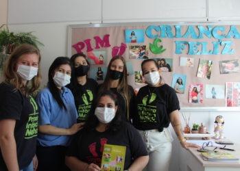 Equipe que desenvolve o trabalho no Primeira Infância Melhor e Criança Feliz Fotos: Lilian Moraes/Divulgação