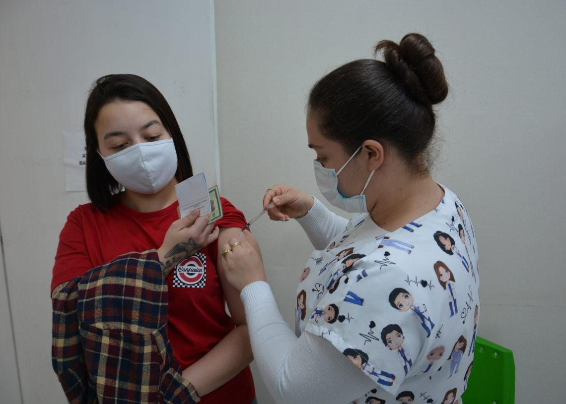 Vacinação nas UBSs será das 8h às 17h Foto: Ruan Nascimento