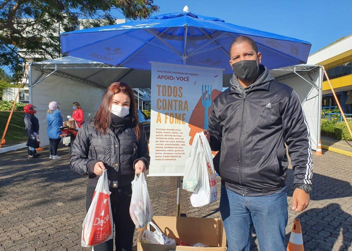 Campanha Todos Contra a Fome recebe alimentos durante os dias de vacinação da Covid e em ações feitas nos mercados da cidade. Foto: Magda Rabie